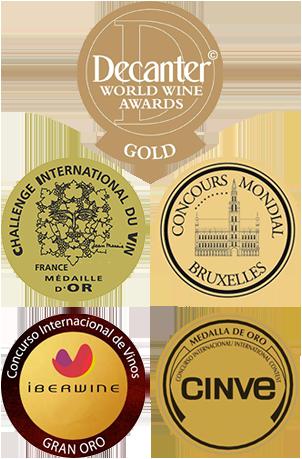 Medalla y distinciones
